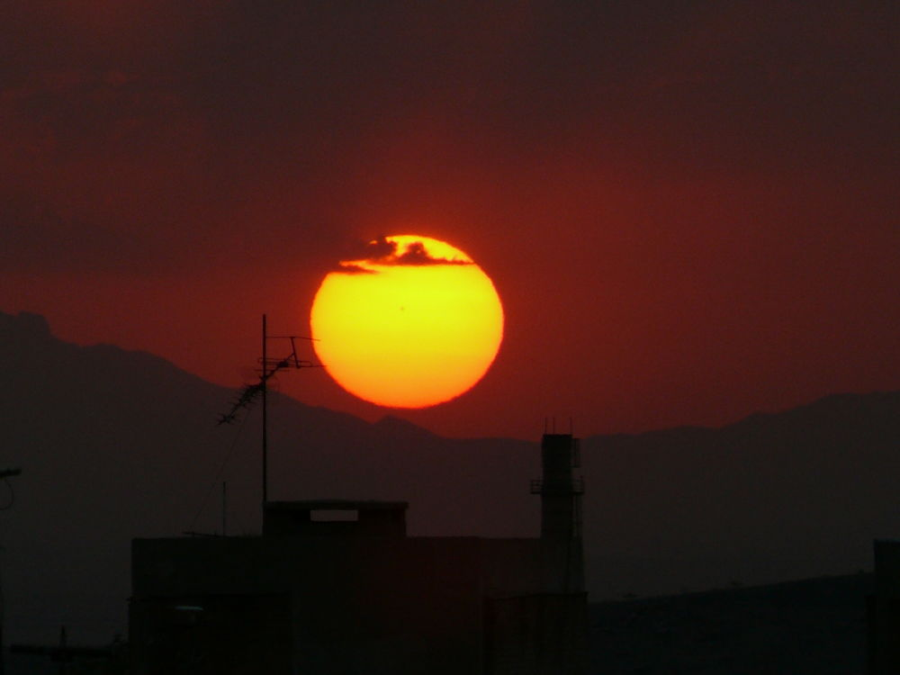 P1210865 sunrise by Aahmad Hezavei