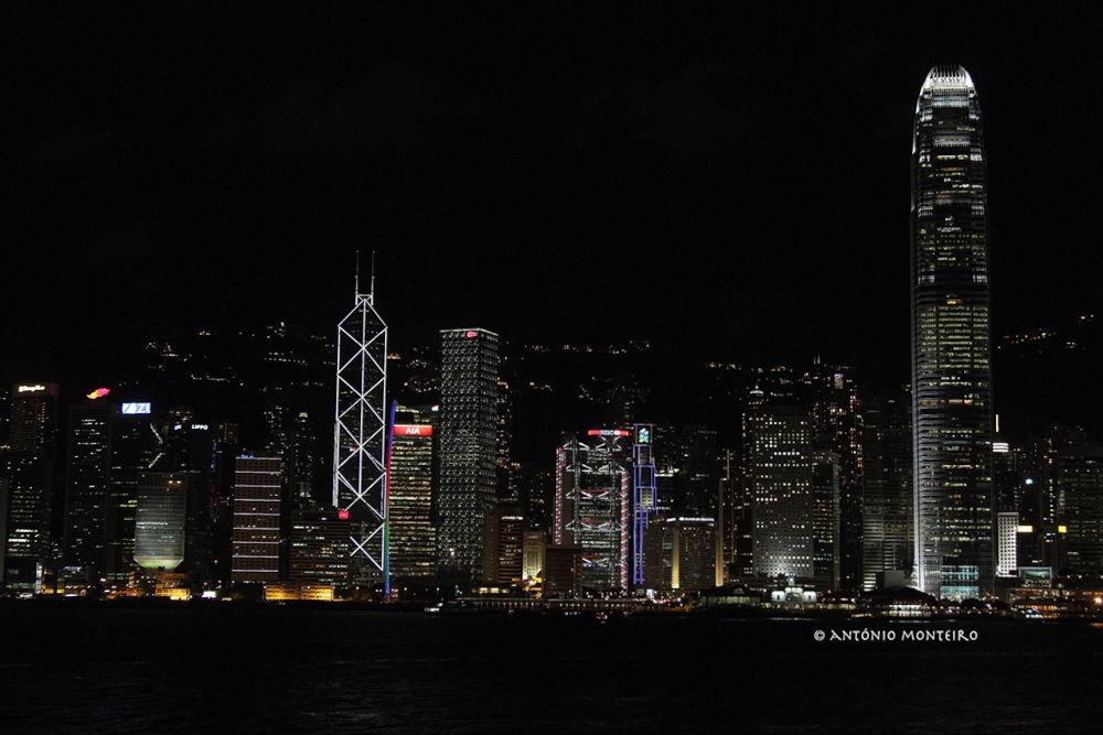 Hong Kong at Night by António Monteiro