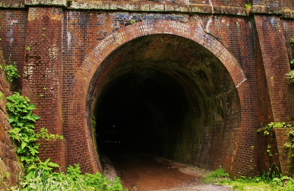 Tunnel of waste line trace by Hisashi.Nagahiro