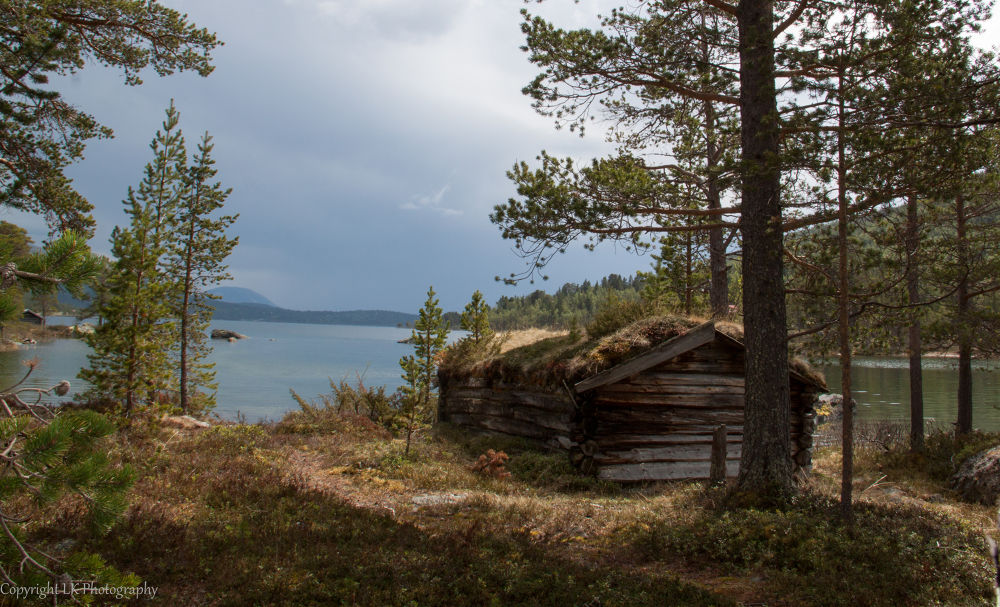 The old boat house by LailaKarlsen