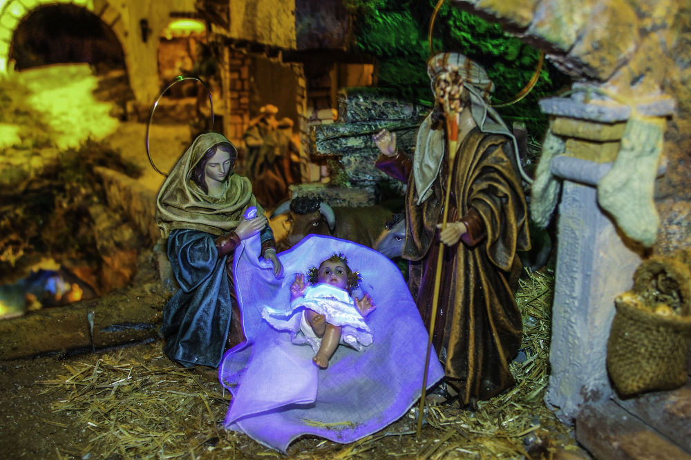 Natitivity scene by Lamartine Dias