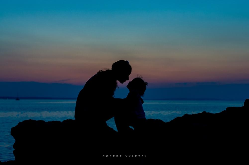 Love after sunset by Robert Vyletel