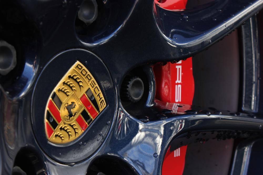 Photo in Vehicle #porsche #mag #wheel #car #vehicle #red #gold #black #cars #speed #race #race car #sports car #insignia #symbol #alexander images