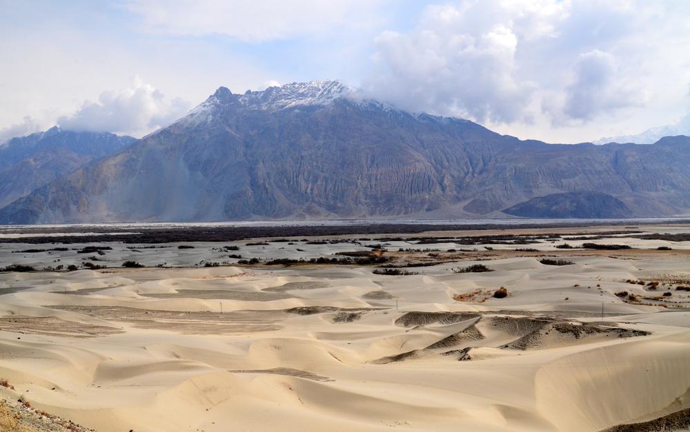 Sand dunes amidst Himalayas by sriramshankars