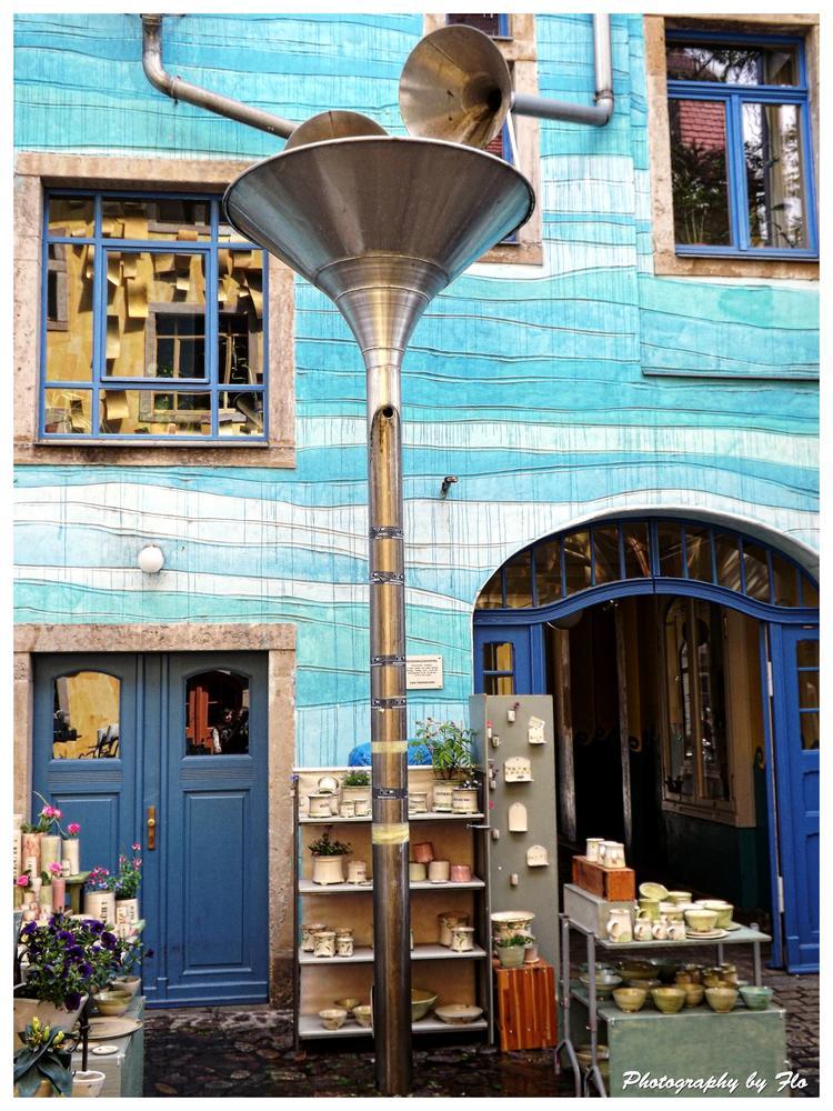 Photo in Street Photography #blaues haus #dresden