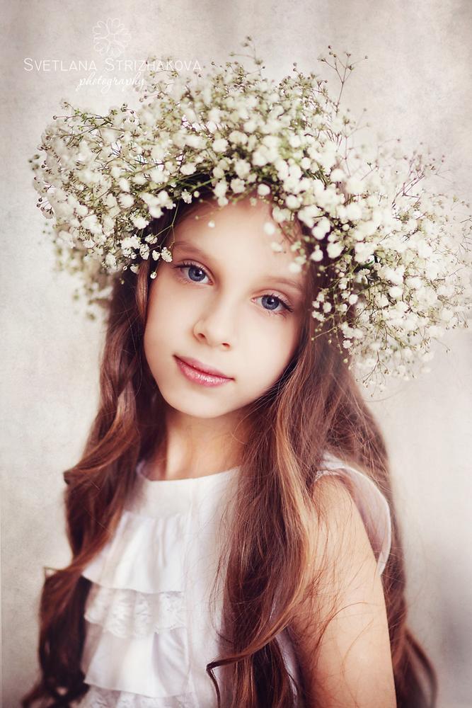 Photo in Random #girl #beauty #flower #tender #spring #wreath