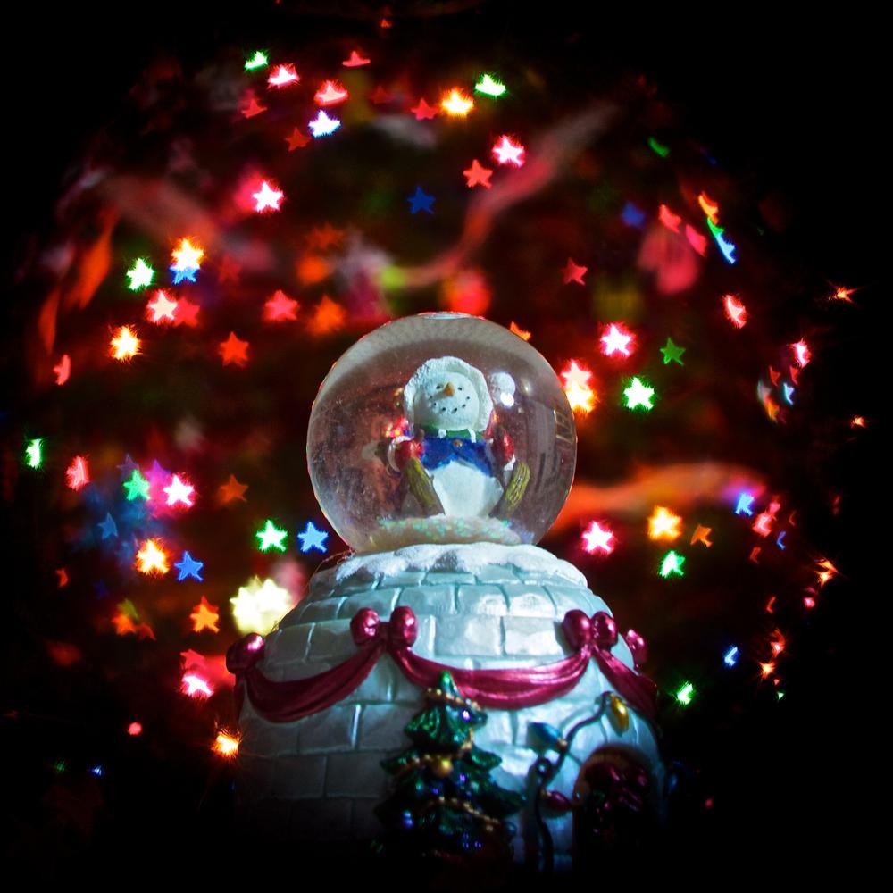 Photo in Macro #christmas #snowglobe #bokeh #lights