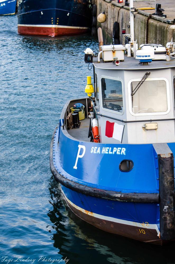 Wee sea helper by Faye Lindsay