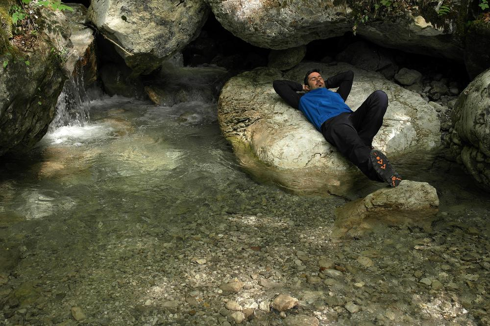 Relax in to the river.. by GL Photo