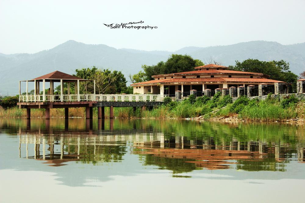 beauty of pakistan lake view park  by Saqlain Moti Wala