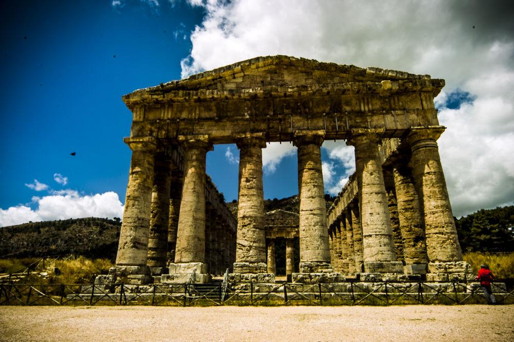 segesta, sicilia by pieroparisi779