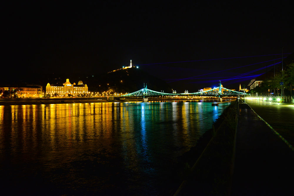 Budapest by night by pieroparisi779