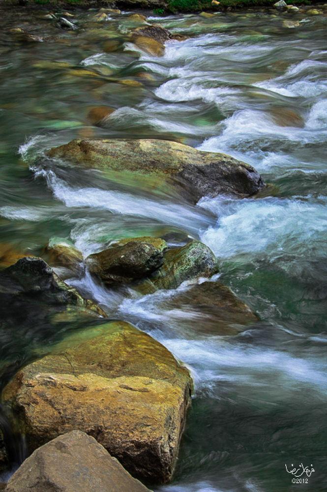 Freezing icy water by farhanrazanaqvi