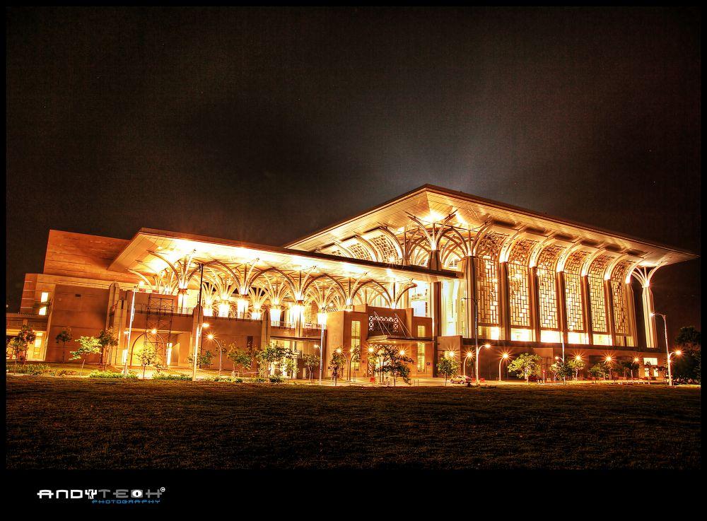 Tuanku Mizan Zainal Abidin Mosque, Putrajaya by andyteoh73