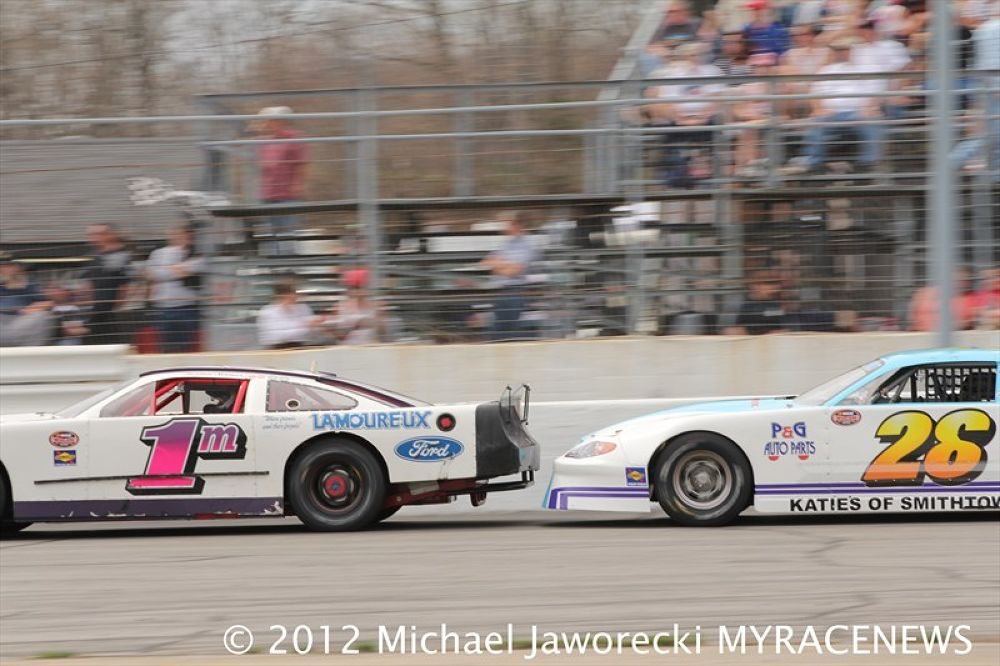 Photo in Random #nascar #thompson speedway #super late models #stock cars