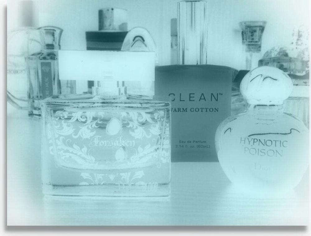 Perfume by LynnSnow