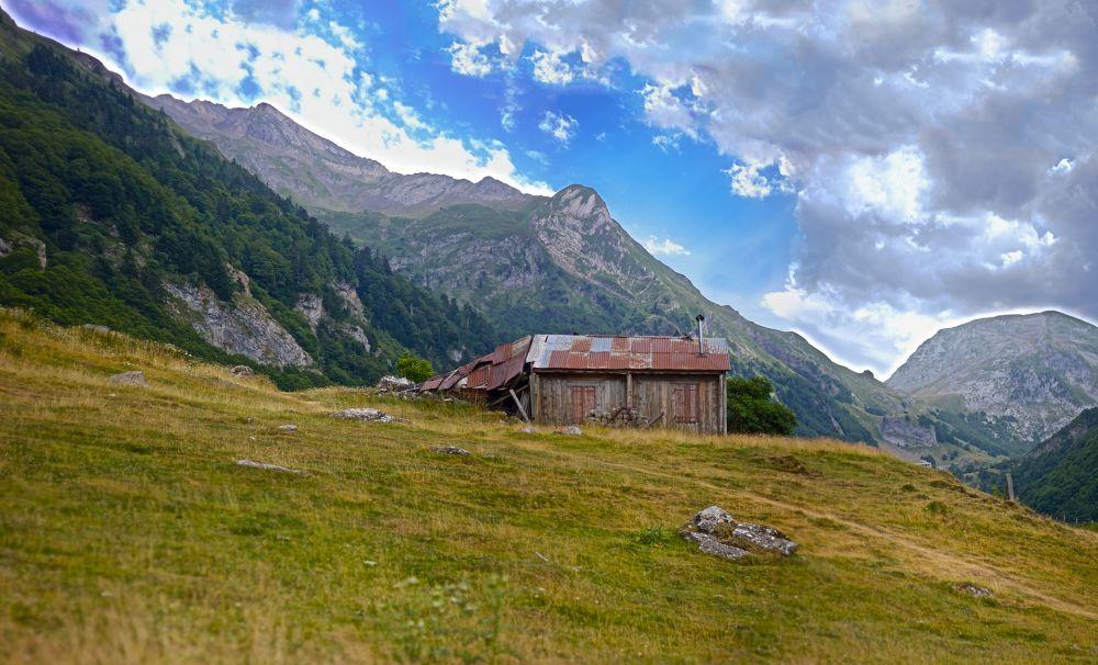 Panorama Pirineos Francia-3 by jonmant