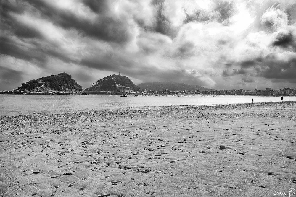 San Sebastián en Blanco y Negro by JuanBlancoPhotography