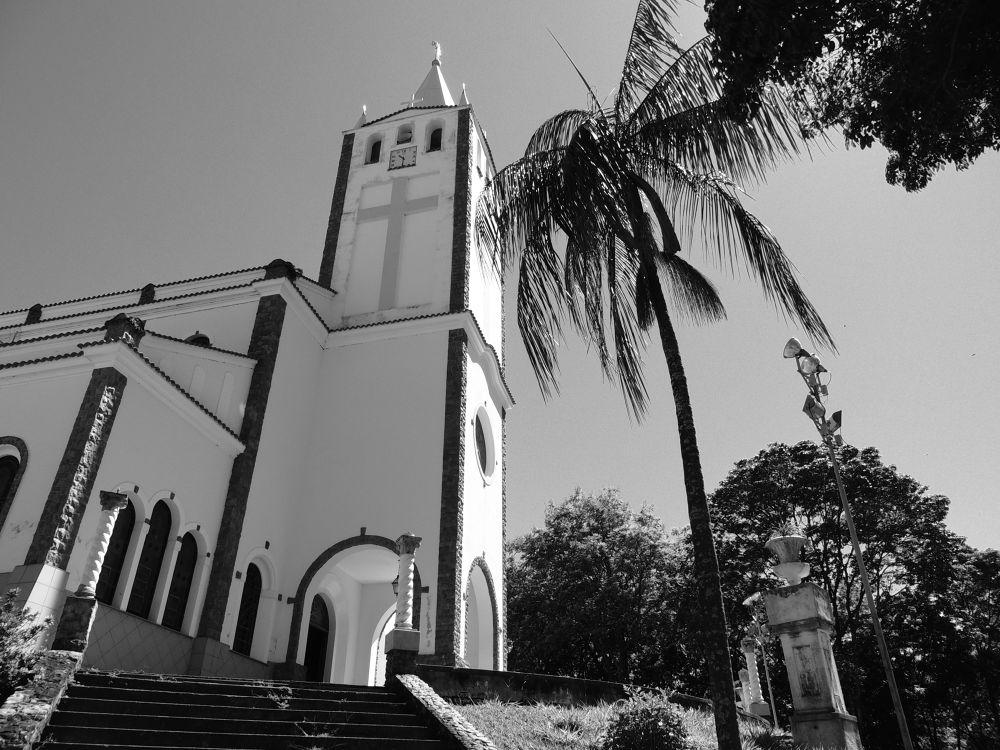 igreja nossa senhora de lourdes by LekaCarvalho