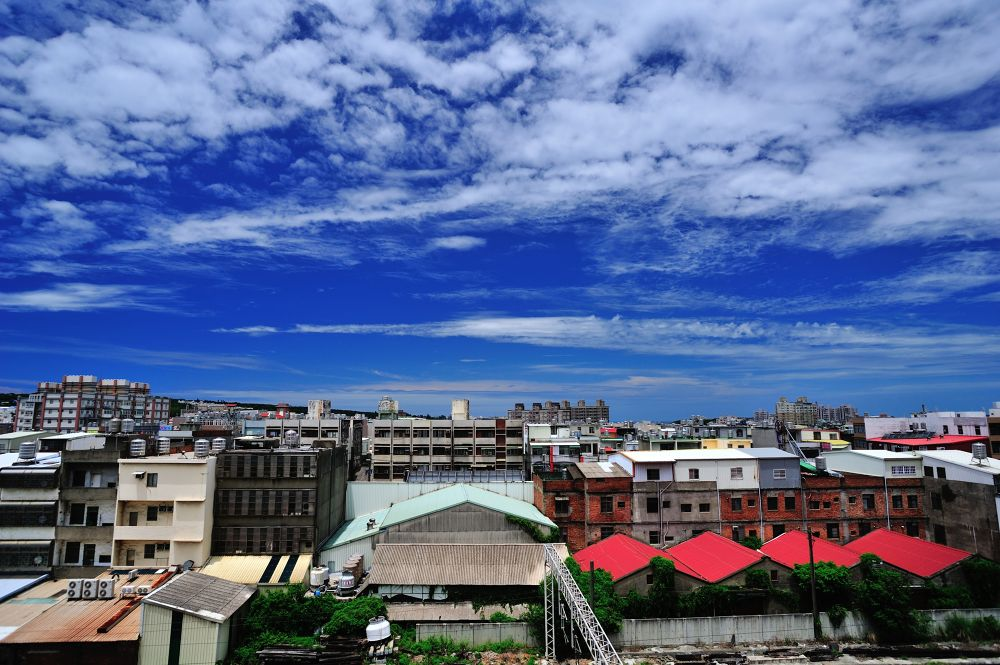 sky cloud and building by oboe0207