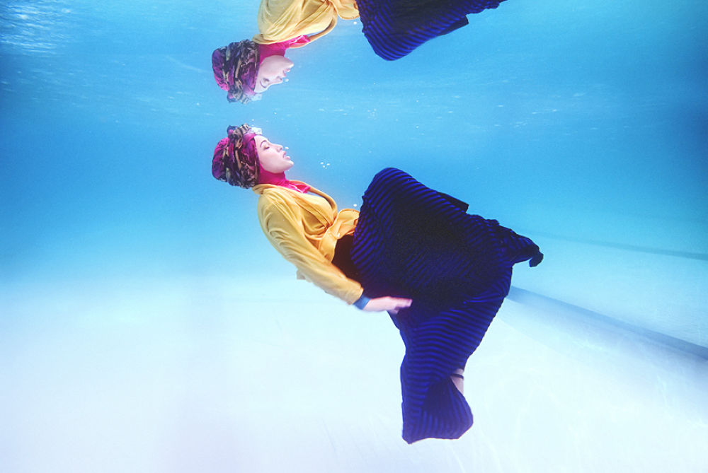 Hijab Floating by napiemoksin