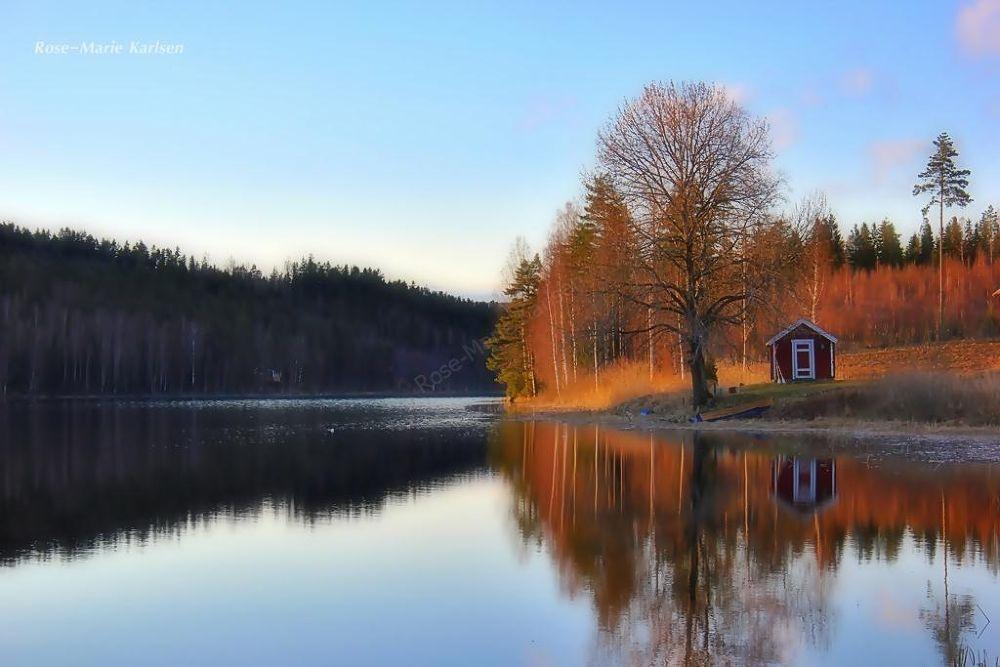 Silent lake by rosemariekarlsen