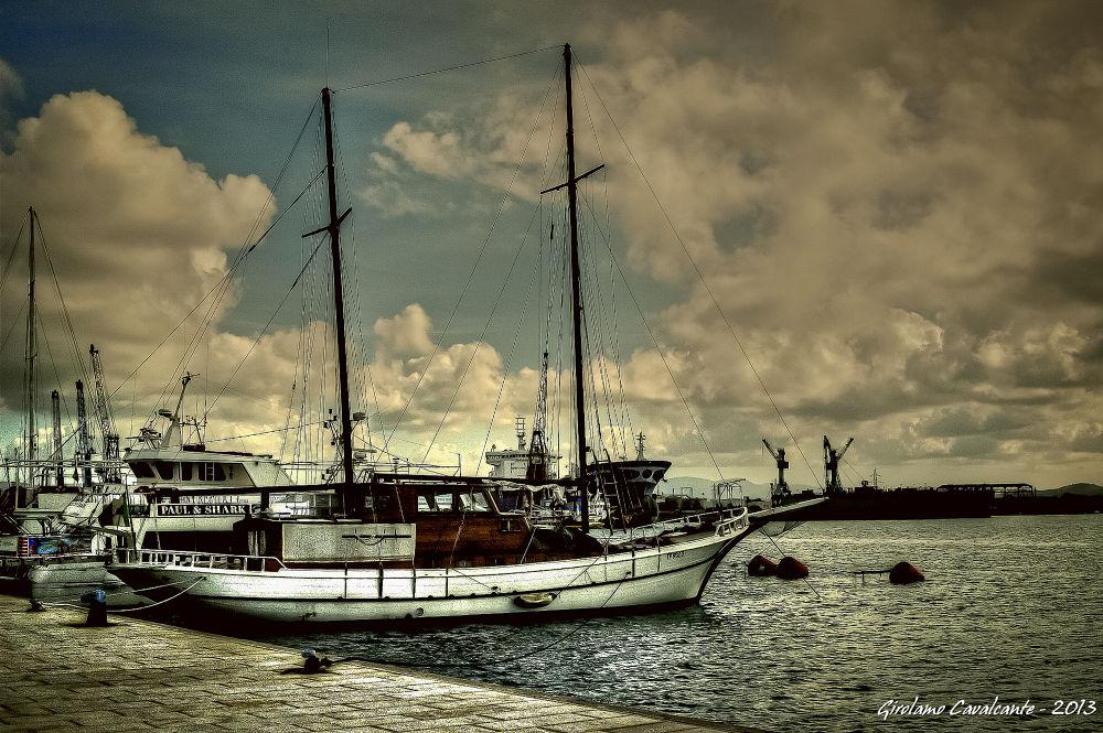 sailing boat by GiroPhoto - Girolamo Cavalcante