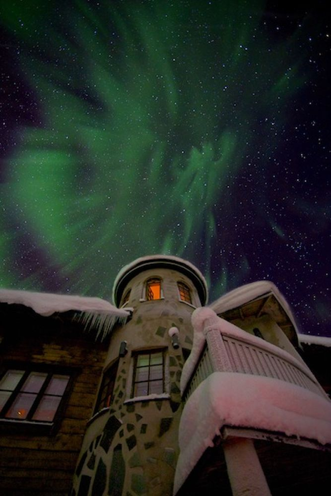 Castle northern light by terragraphic