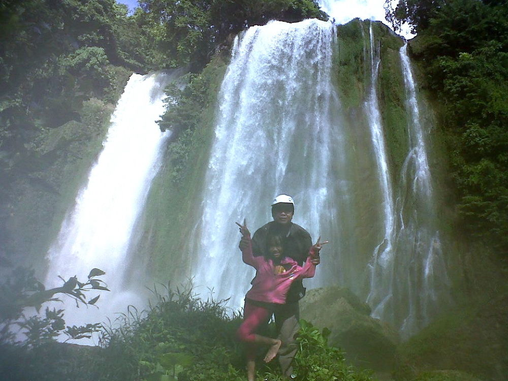 cikaso waterfall, Sukabumi-Indonesia by rusliadibogor