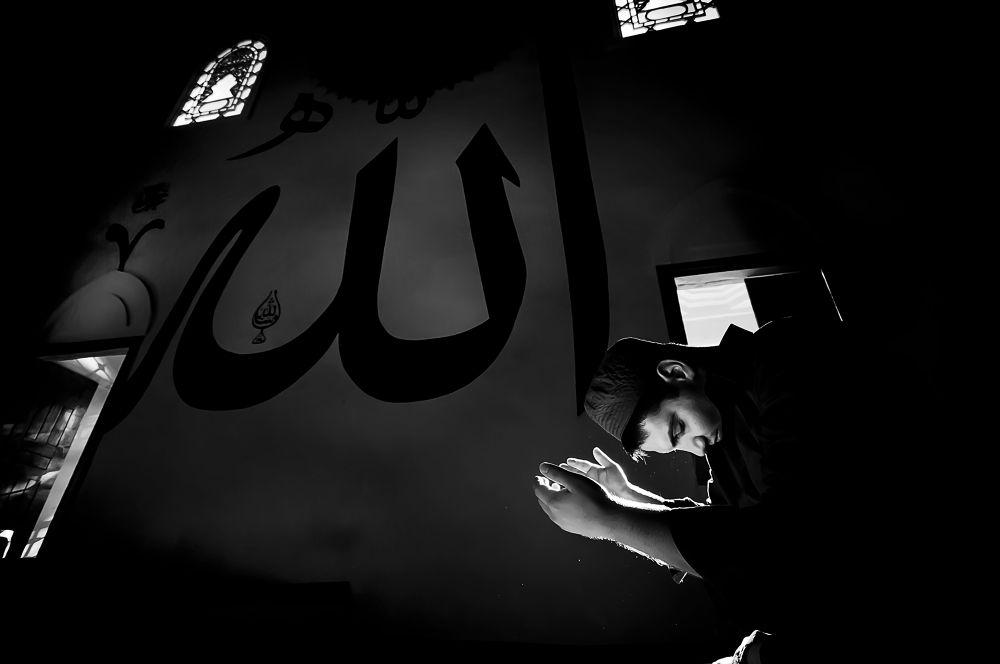Prayer by yucelcetin