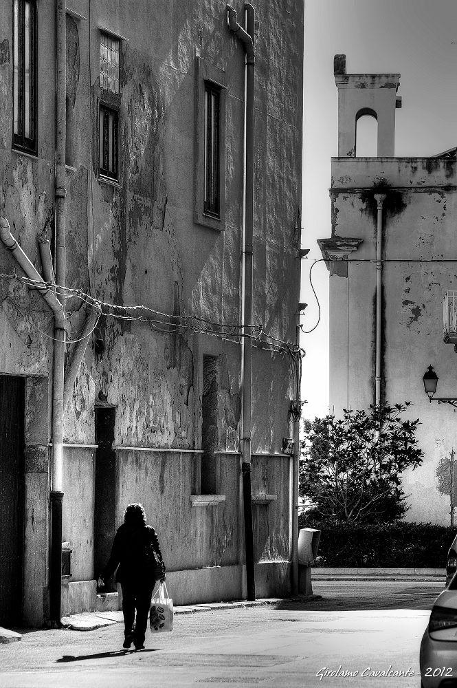 back home after shopping by GiroPhoto - Girolamo Cavalcante