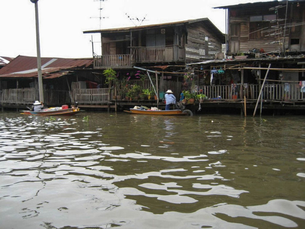 Bangkok-Long-boat-river-trip-106 by Arie Boevé