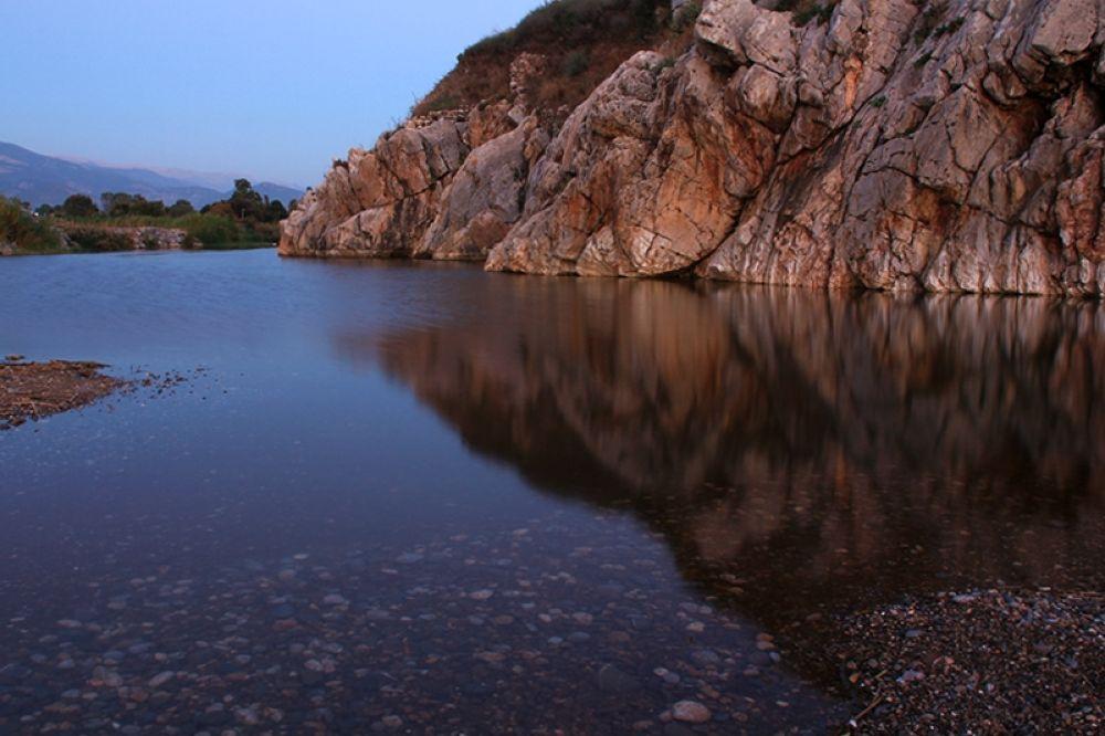 Reflection by filiz