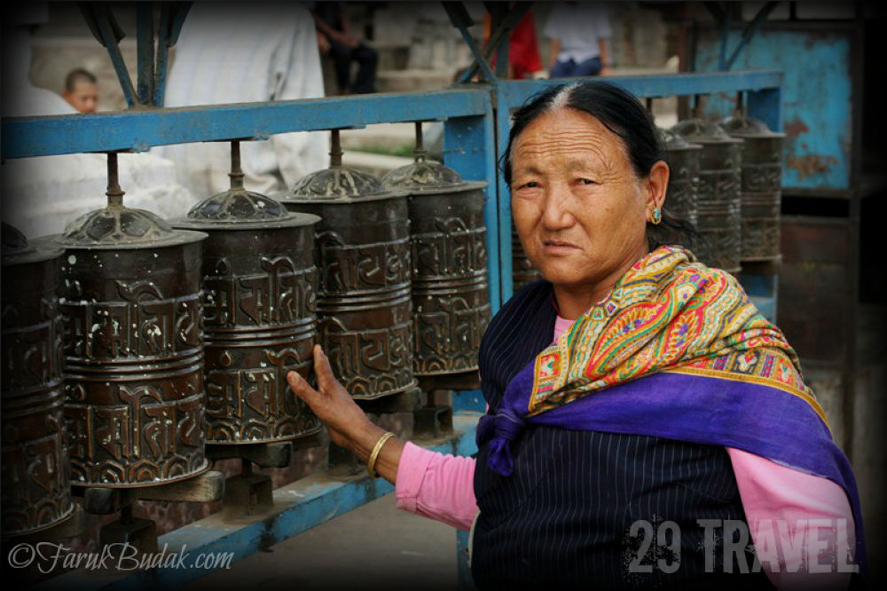 29 TRAVEL-2012-11-16-NEPAL-BUTAN by farukbudak