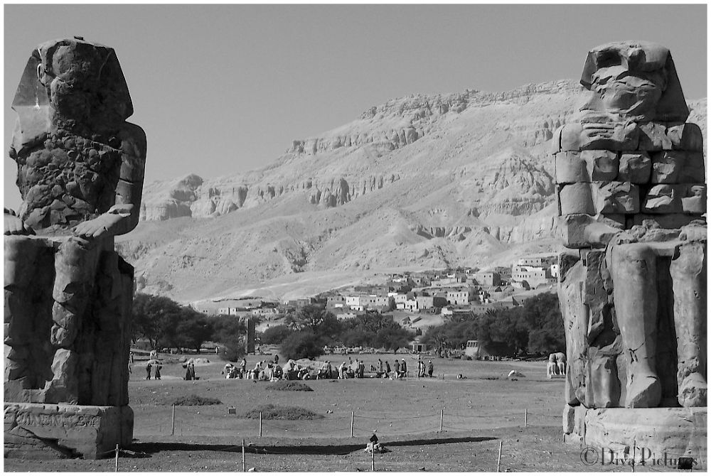 Colosses de Memnon by DivaPictures