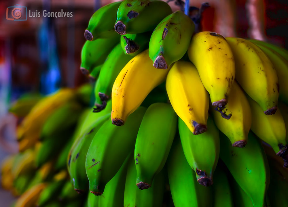 Banana by LuisG