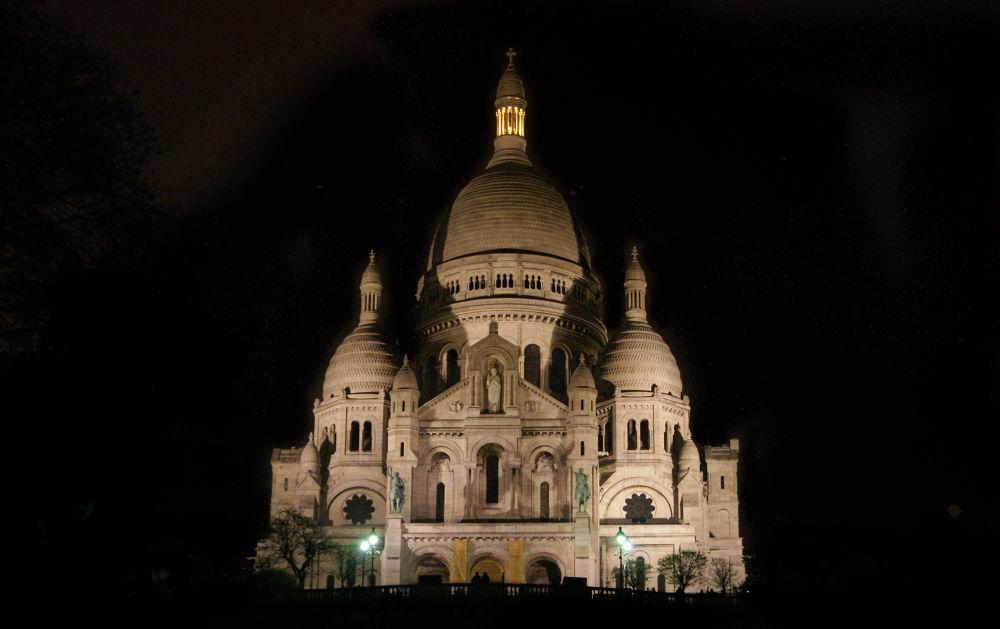 Montmartre by Edmundas