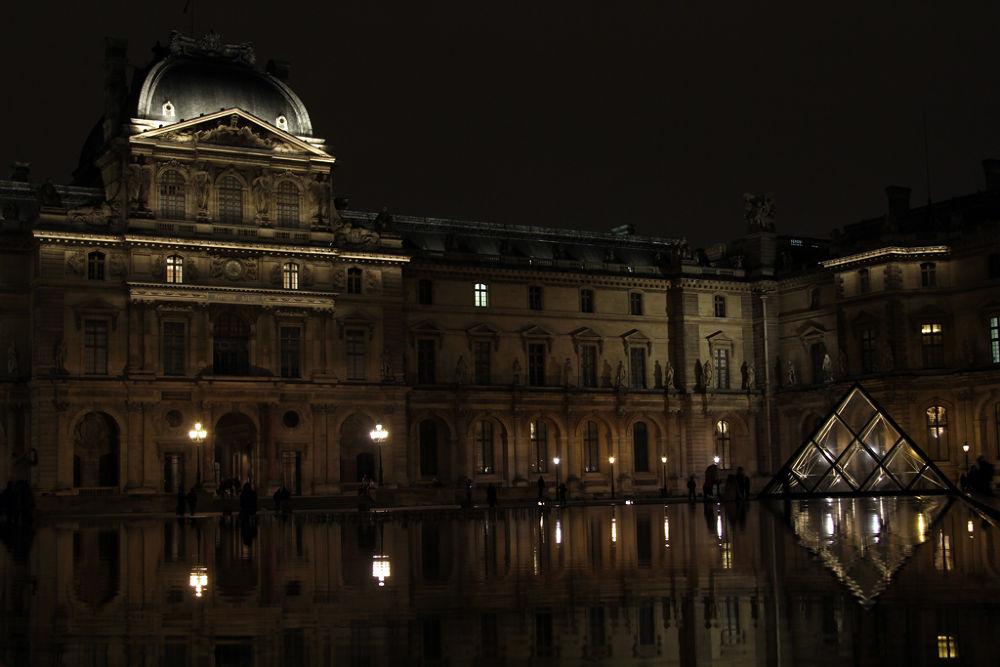 Paris 08 by thatsallicomeupwith