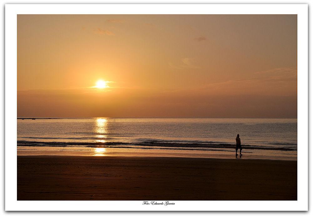 amanecer........ by Eduardo Garcia