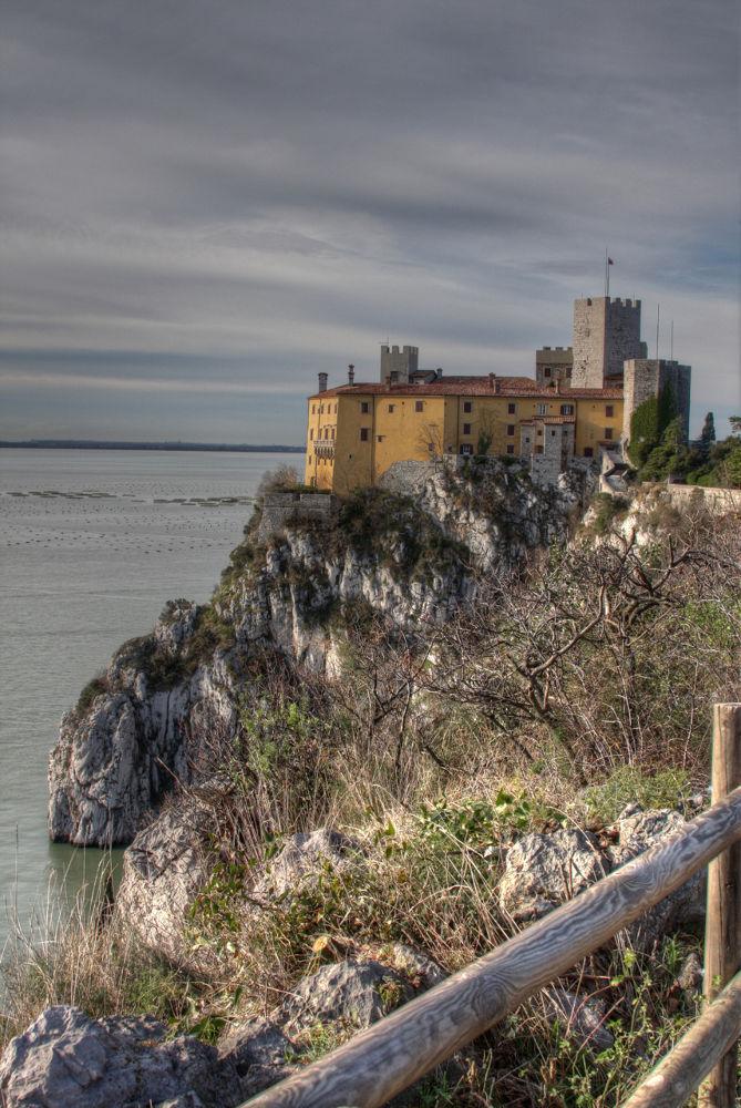 Duino castle Hdr by Alekwiz
