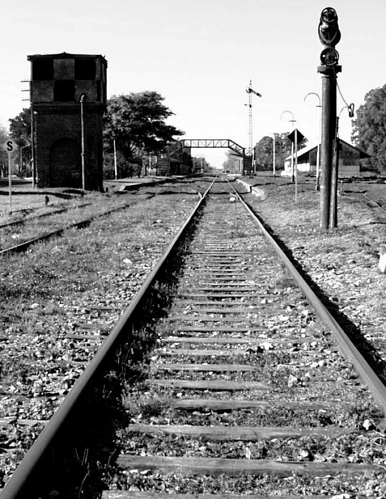 Estación de san nicolás 30-07-06 byn by Paolalorena