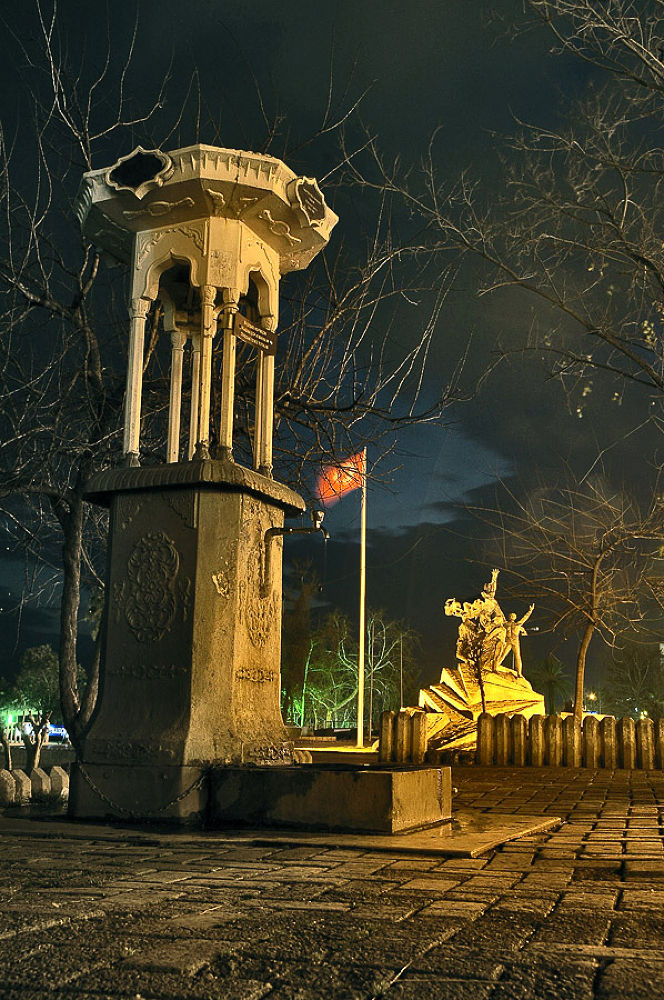 Cumhuriyet meydanı by ahmet07