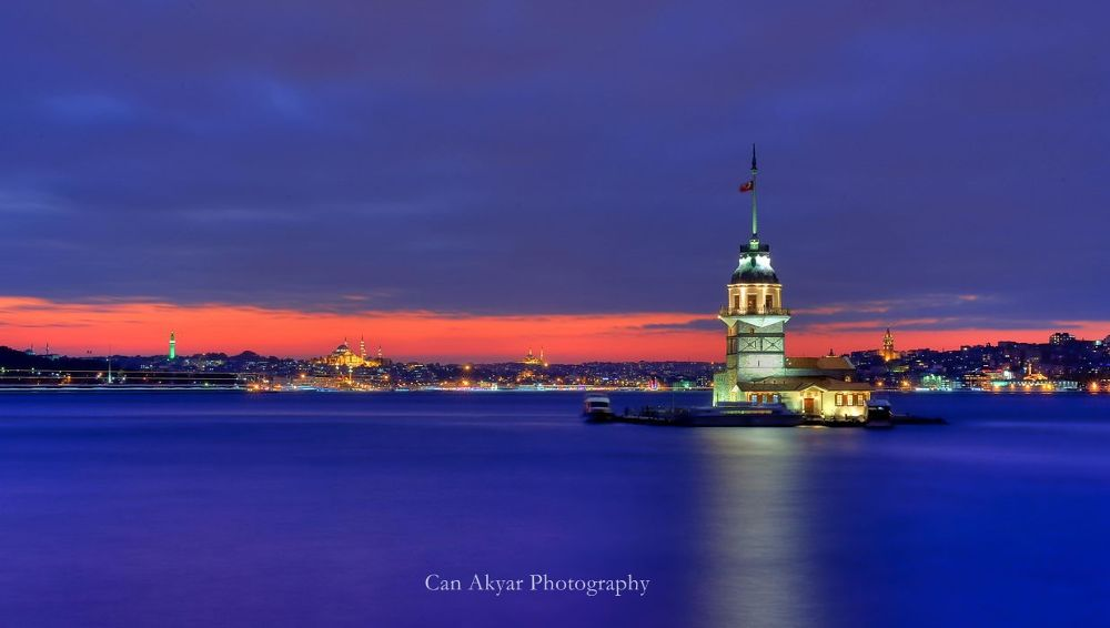 Maiden's Tower by canakyar