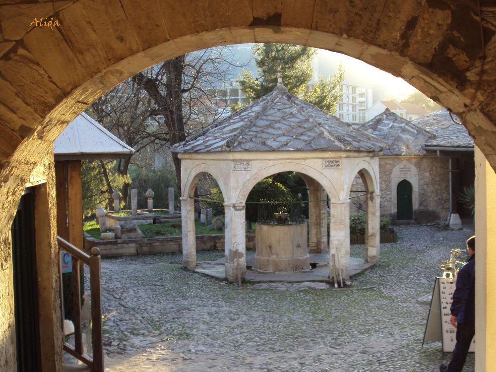 adrvan-Koskina džamija Mostar by alida