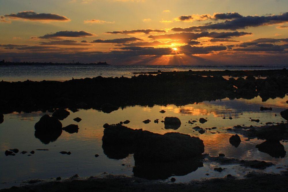 Sea Sunsets (12) by Jorge Coromina