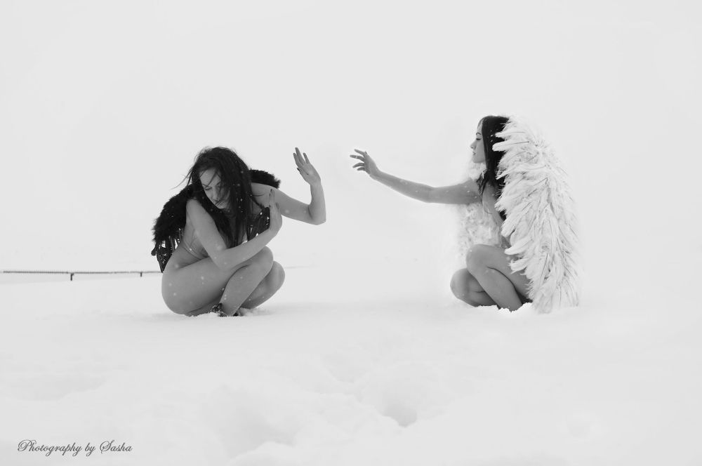 angels by SashaL
