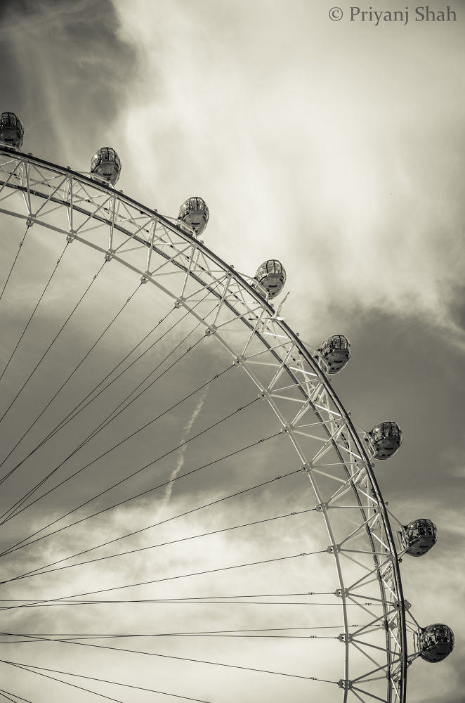 Photo in Random #london #sky #eye #spikes #waterloo #london eye #pod #black & white