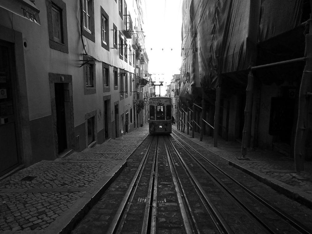 Lisboa_2 by Adam2lilith