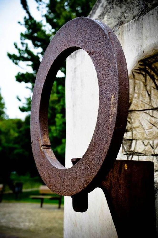 Photo in Random #hdr #barreiro #parque da paz #sculptures