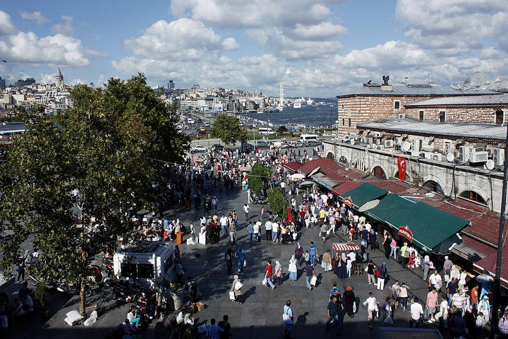 Eminönü / İstanbul / Turkey by Goldenlight